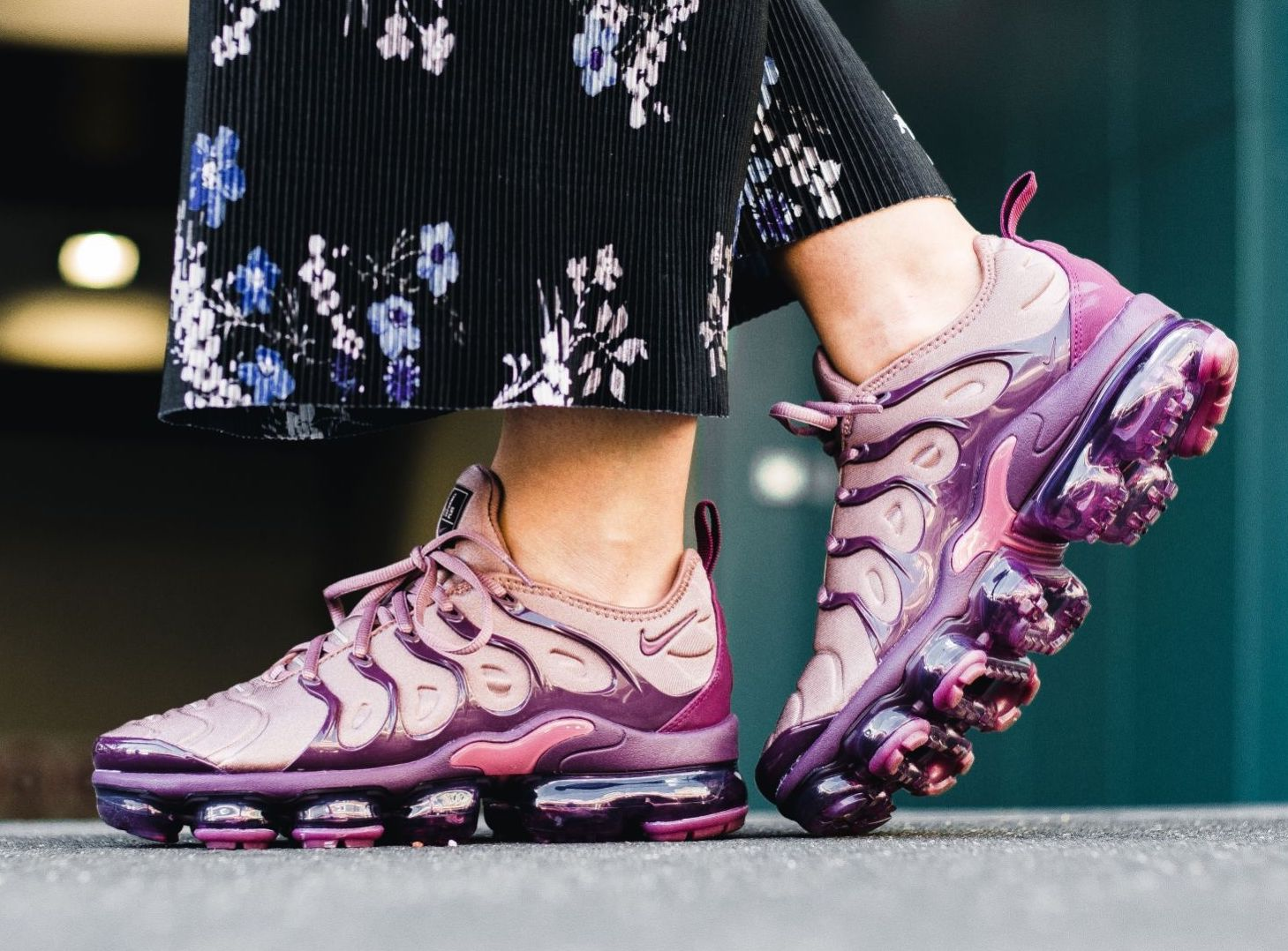 new arrival e08aa 05afc Now Available: Women's Nike Air VaporMax Plus