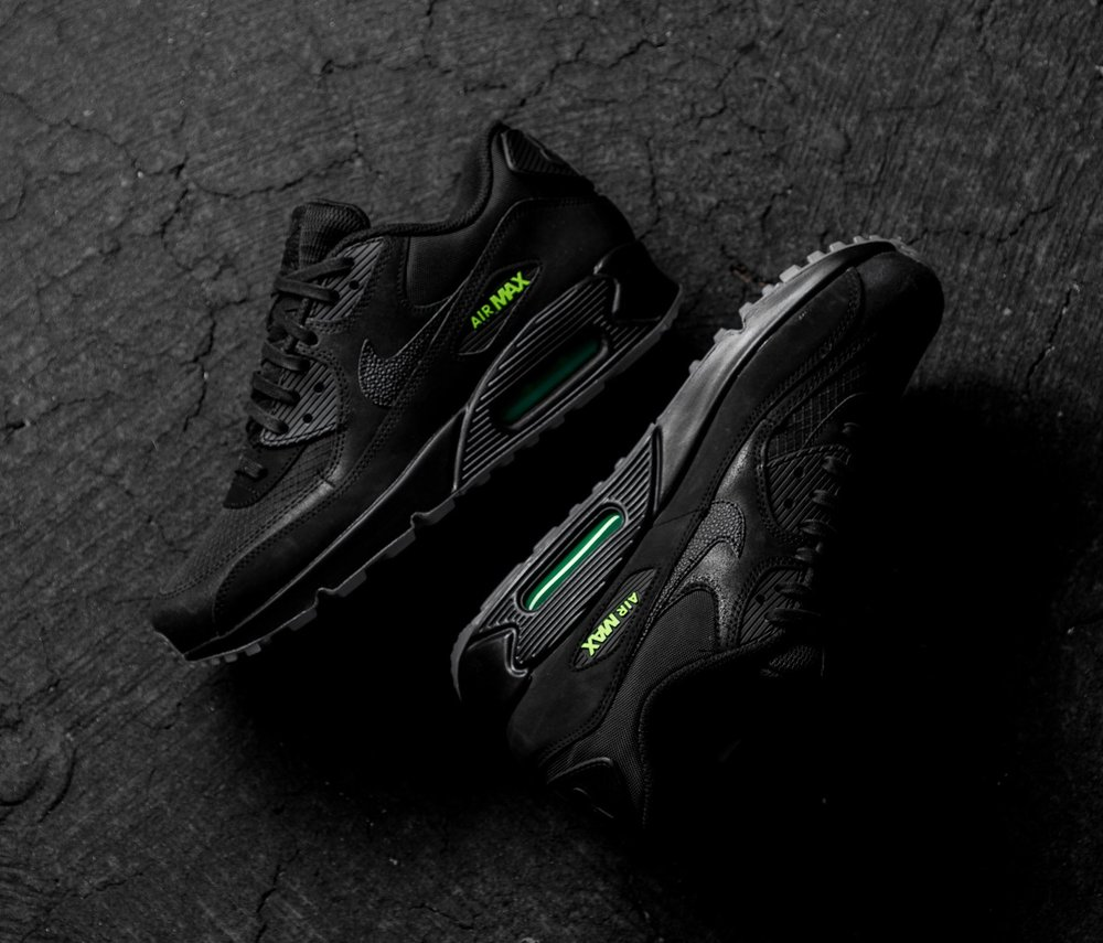 competitive price 9bd57 2874f Now Available  Nike Air Max 90