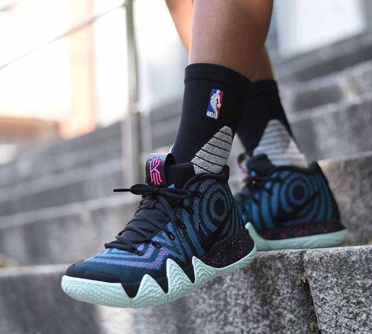 Now Available: Nike Kyrie 4 \