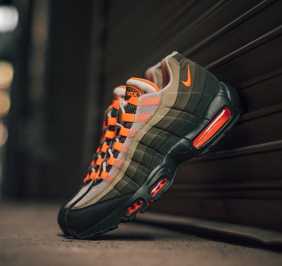 air max 95 og total orange