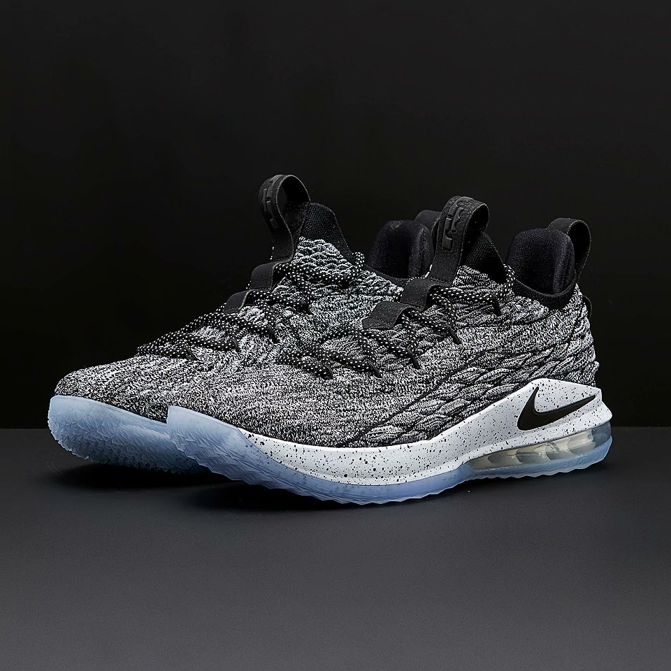 On Sale  Nike LeBron 15 Low