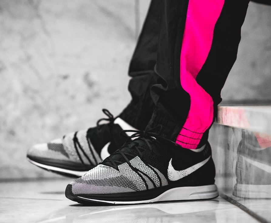 3216d2571b7b9 On Sale  Nike Flyknit Trainer OG