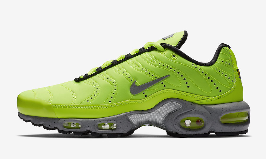 c9db360cc5af Now Available  Nike Air Max Plus