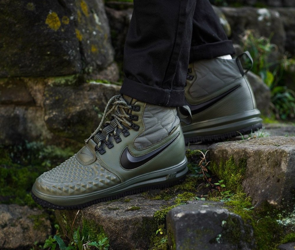 the latest 544c0 e84c4 ... czech nike nike lunar 1 17 duckboot medium olive 5c247 855a9