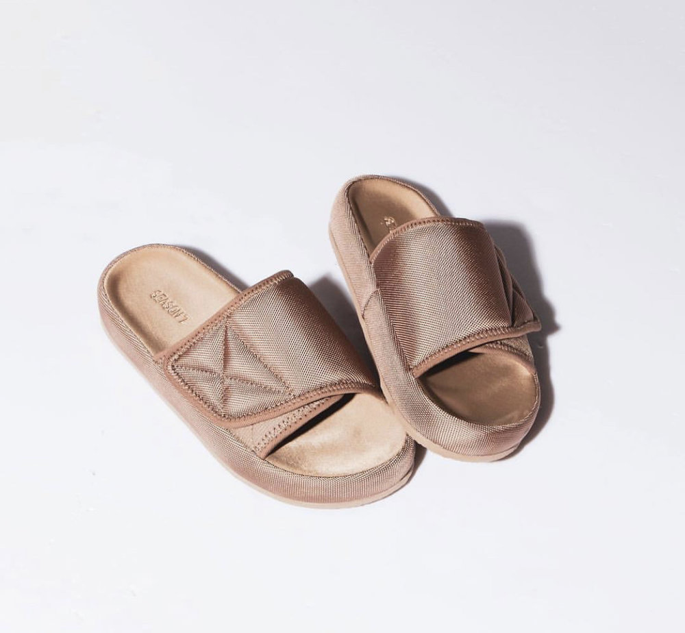 c1b3afdc05f5 Now Available  Yeezy Season 7 Fabric Slides