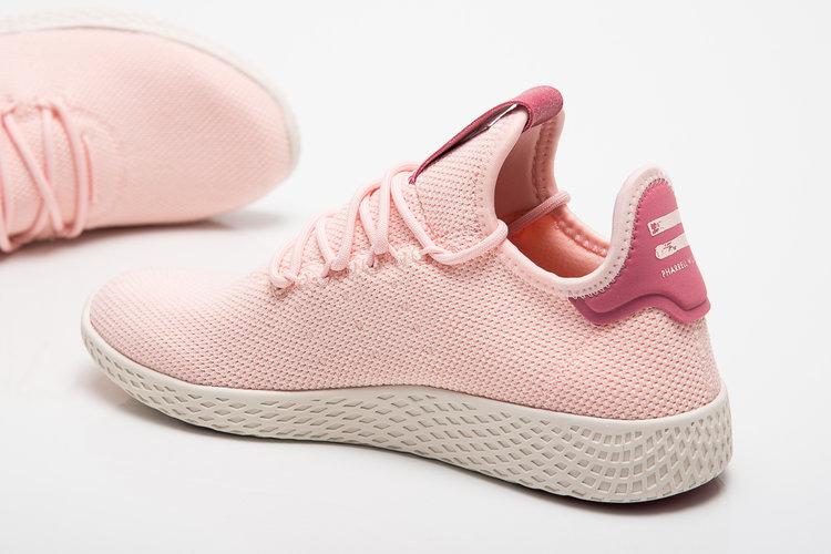 70a5ef540e7e4 On Sale  Women s Pharrell x adidas Tennis Hu