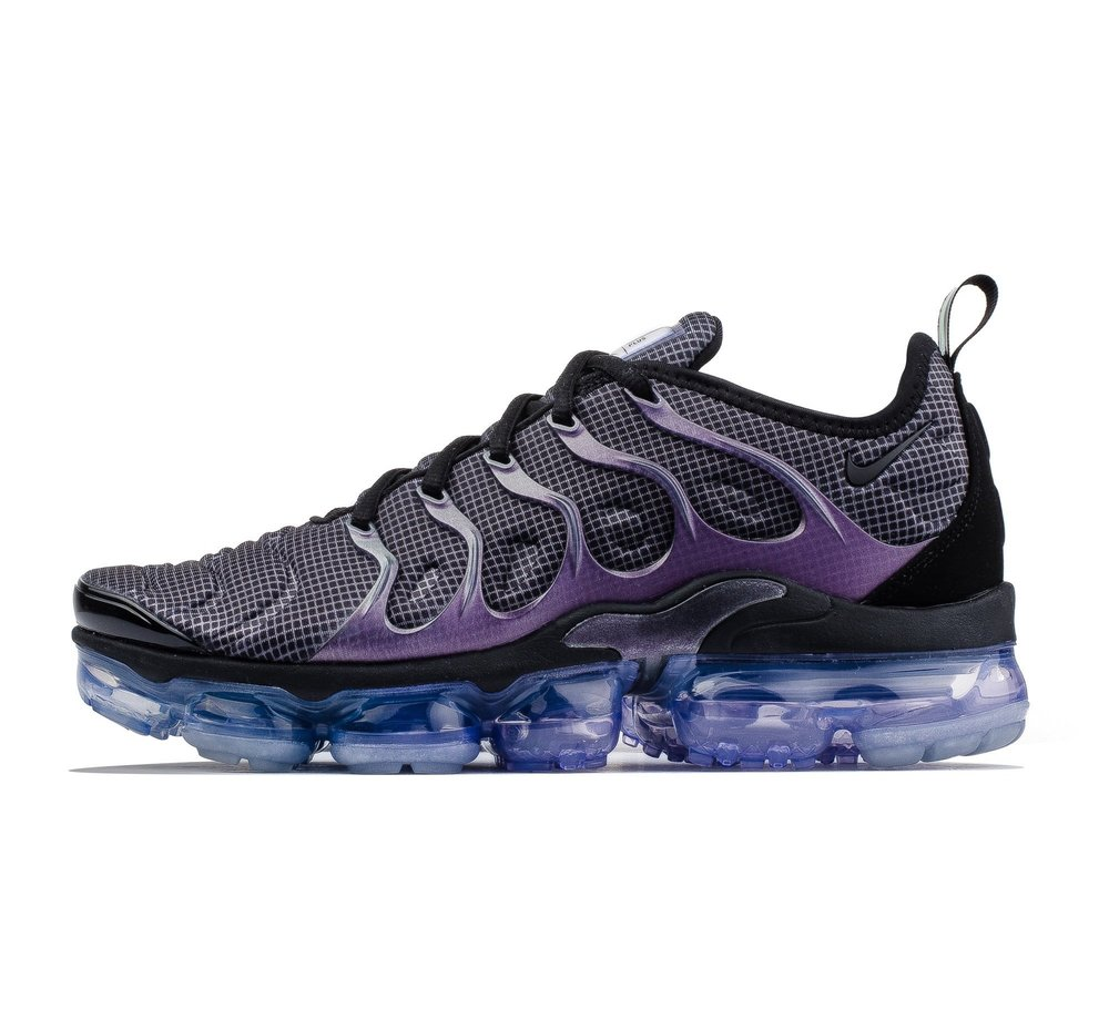 timeless design d010f 1a571 Now Available  Nike Air VaporMax Plus