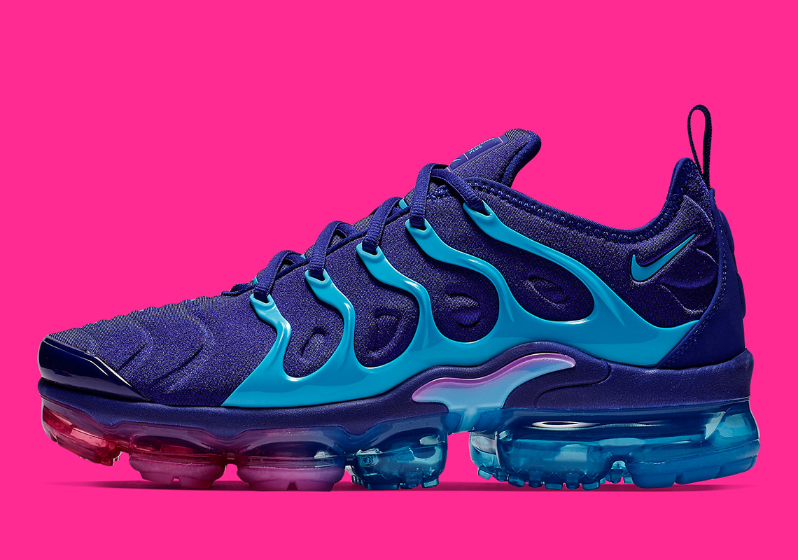 reputable site daf42 3c223 Now Available: Nike Air VaporMax Plus