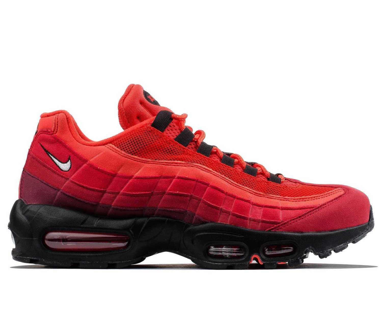 cfe5bace91d Now Available  Women s Nike Air Max 270