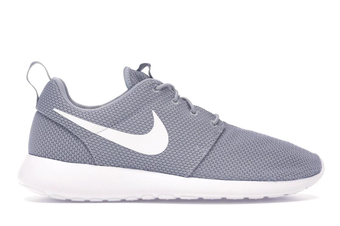 9fab9365aa576c Nike Roshe One