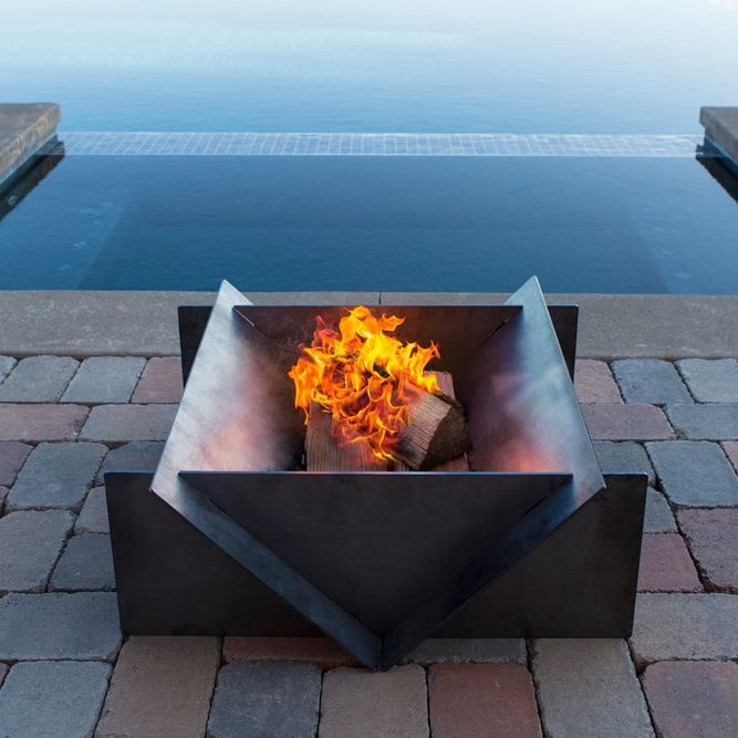 steel fire pit by stahl