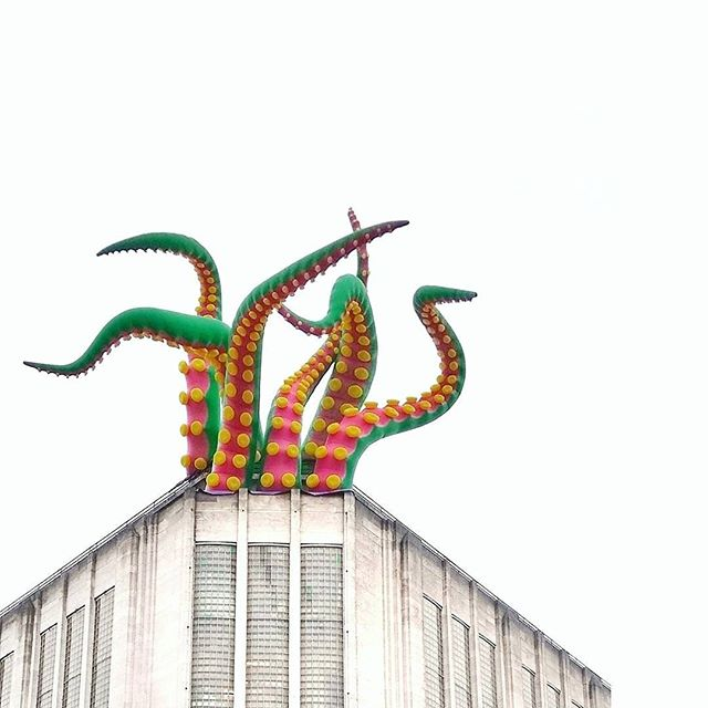 Invasion of the Tentacles . . . . . . . . . . . . . #mcr #Halloween #halloweekend #kendals #igersmcr #mcr_collective #architecture #fujifilm #cityview #justgoshoot #building #exploretocreate #wearemcr #cityscape #archidaily #Monster #thisismcr #stayandwander #mcruk #createexplore #city #manchester #tentacles #houseoffraser #manchestergram