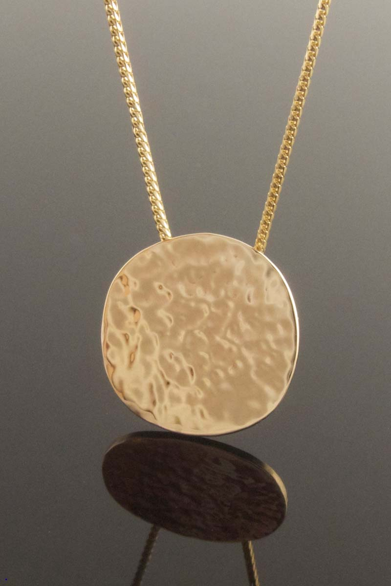 Textured yellow gold disc pendant