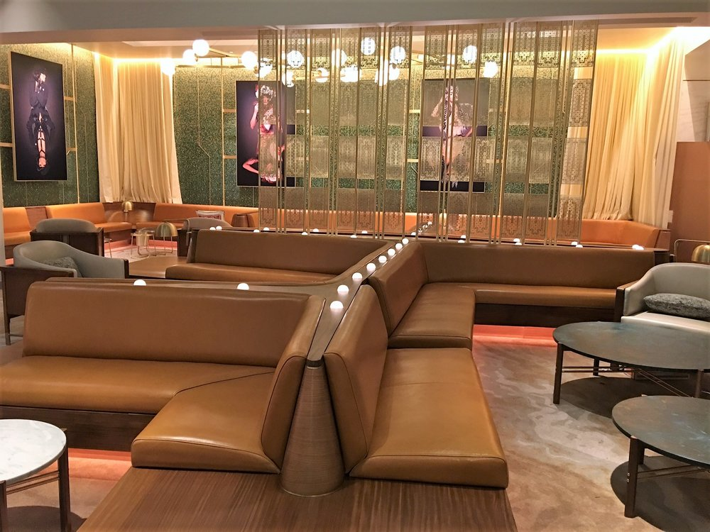 The W Living Room Bar @ The W Las Vegas