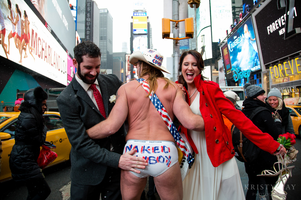 TIMES_SQUARE_VALENTINES_WEDDING_18.jpg