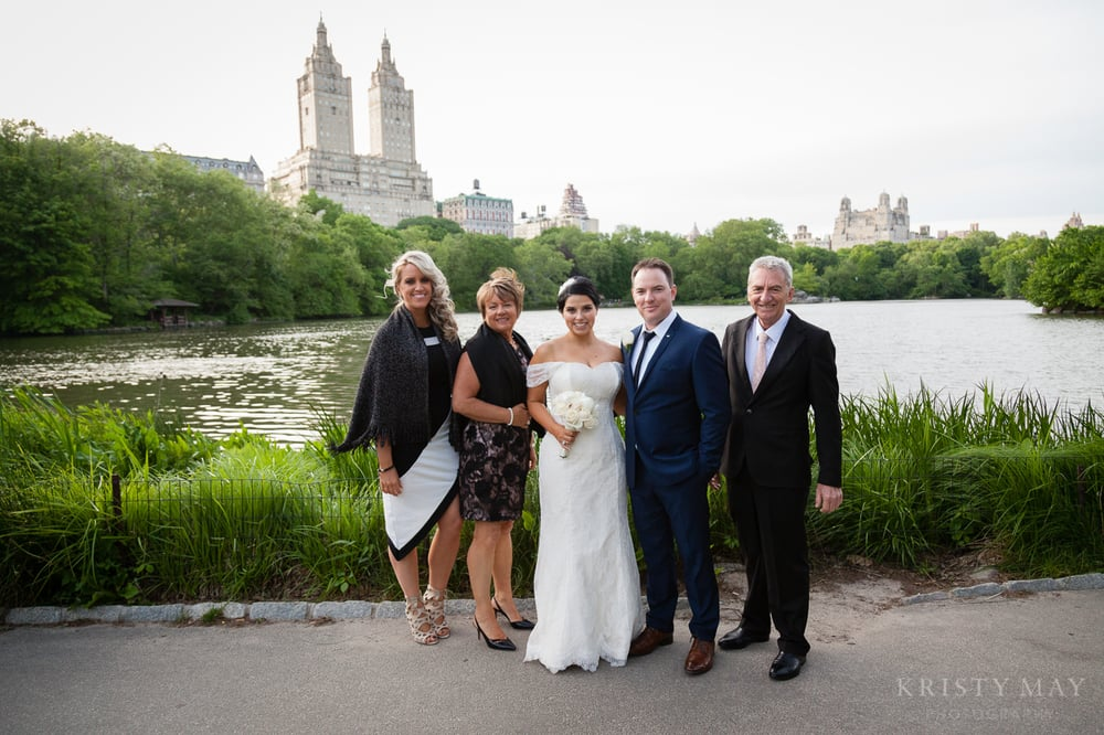 CENTRAL_PARK_SHAKE SHACK_ELOPEMENT_015.jpg