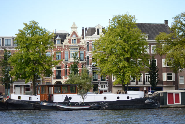 amsterdam-from-the-water-2.jpg