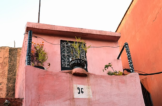 pink_building_marrakesh.jpg