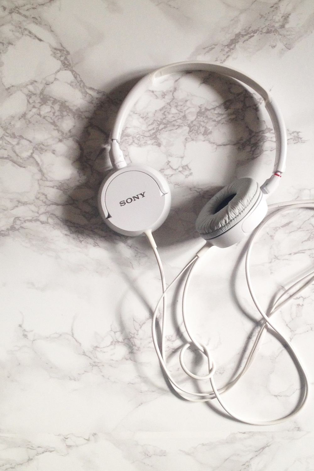 headphones_on_marble.jpg