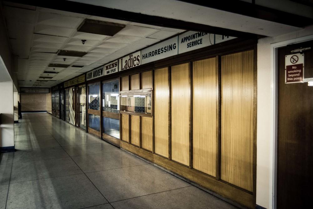 Skyliner Blog - Stretford Mall walkway.jpg