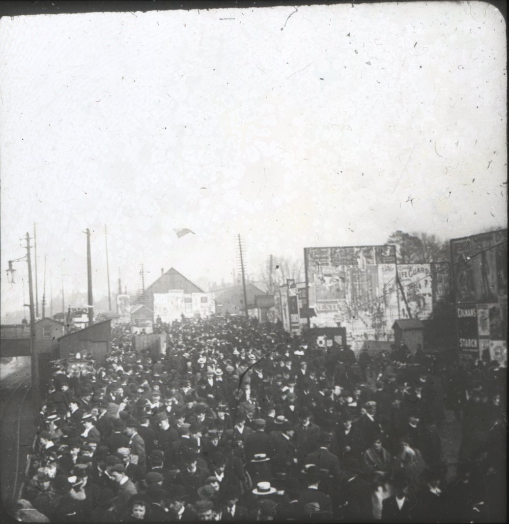 Crowds heading to Pomona. Image Chethams Library