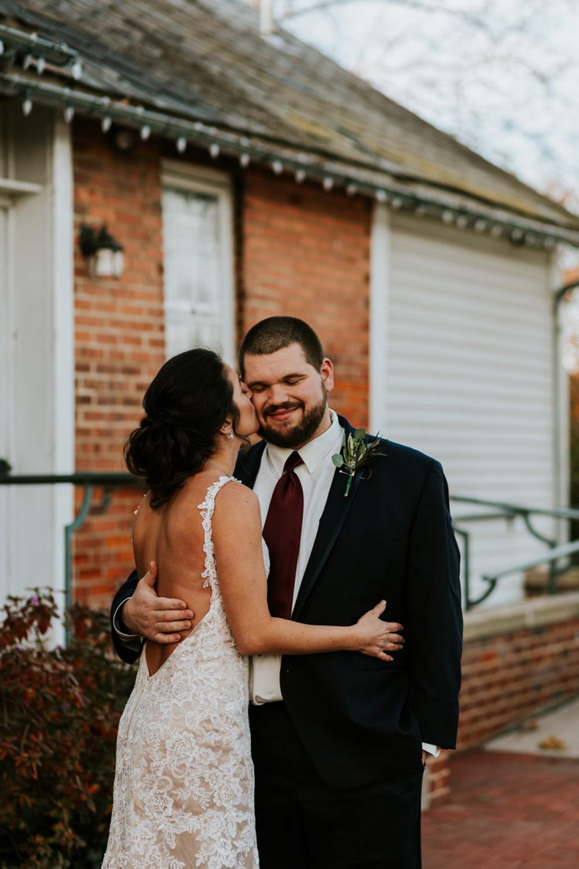 TaylorLaurenPhoto_Columbus_Ohio_Wedding_Engagement_Portrait_Photography-12.jpg