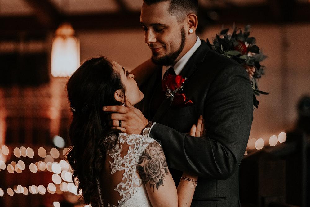 TaylorLaurenPhoto_Columbus_Ohio_Wedding_Engagement_Portrait_Photography-20.jpg