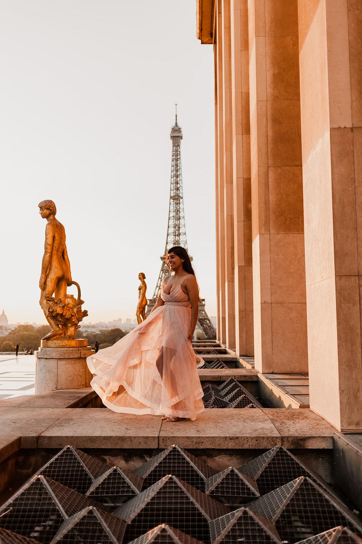 Taylor-Lauren-Photography_Columbus_Ohio_Wedding_Engagement_Portrait_Destination_Paris-6.jpg