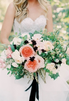 Beautifully unique bouquets can be recreated on your bespoke wedding shoes with Elizabeth & Rose  Photography by    Carmen Santorelli Photography