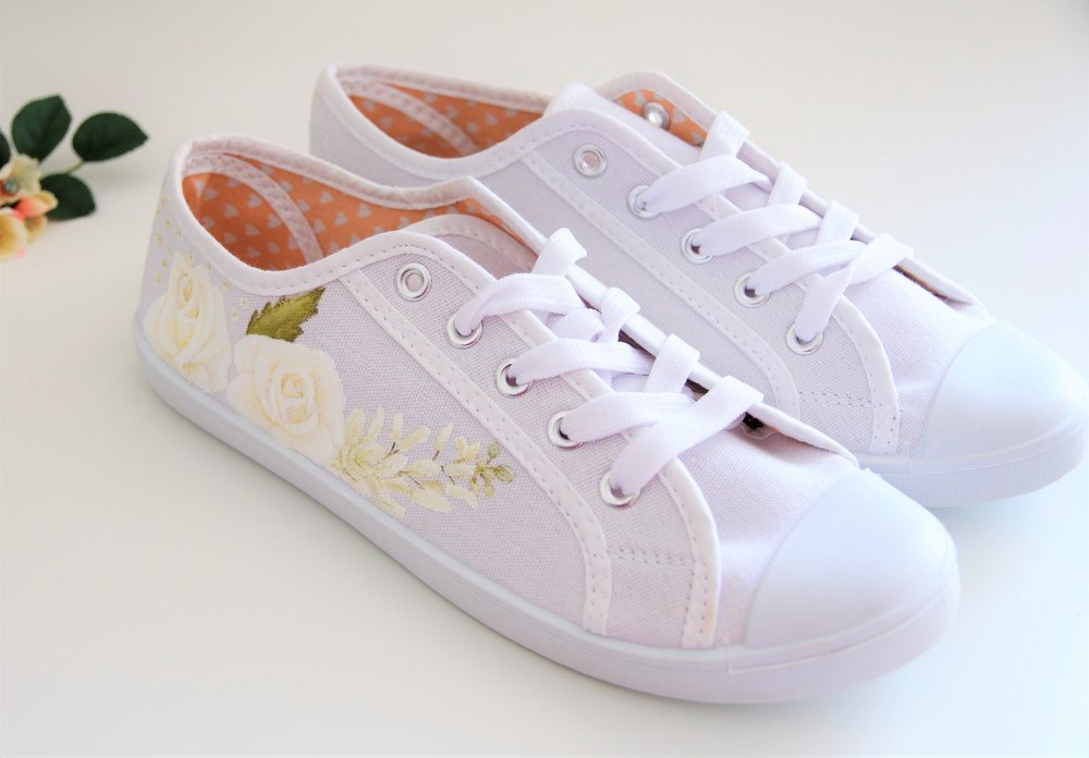 Wedding trainers white roses