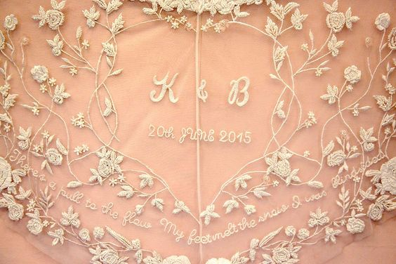 Embroidered monogram Wedding Veil Hermione De Paula