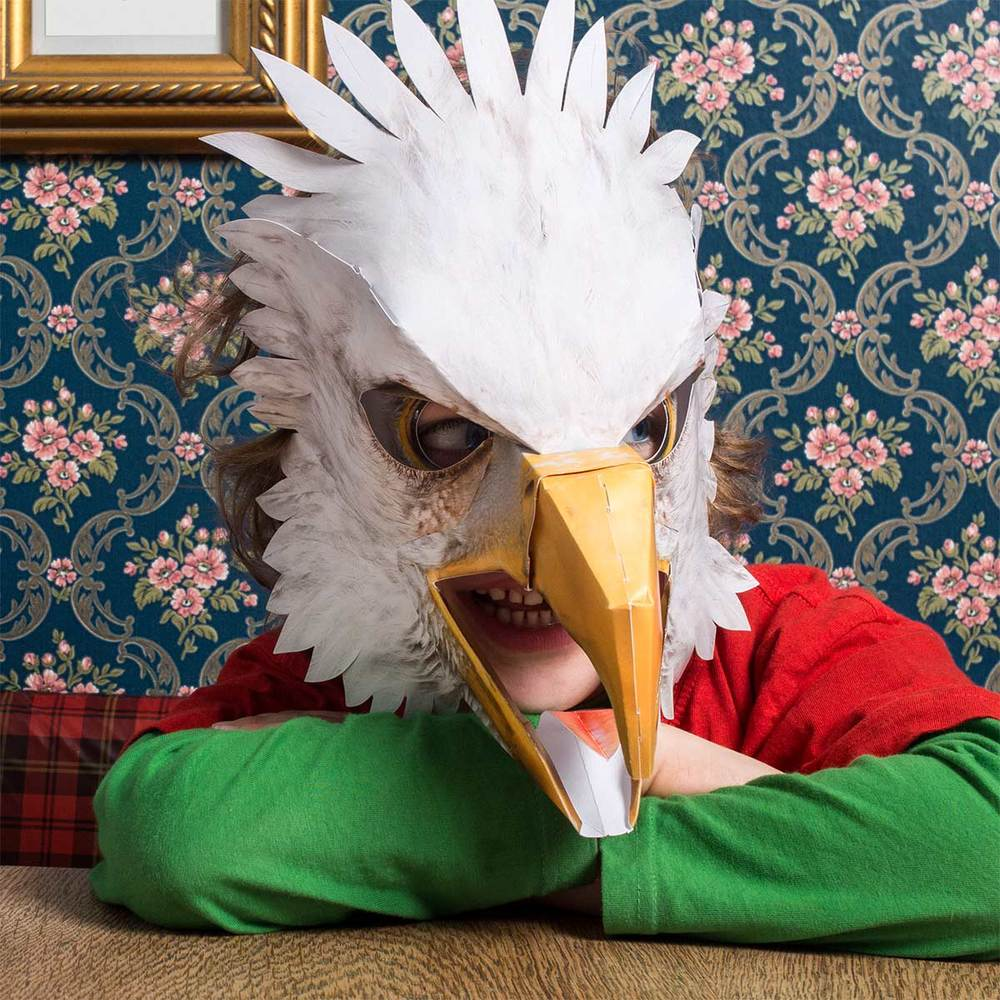Adler, zeigt Zähne