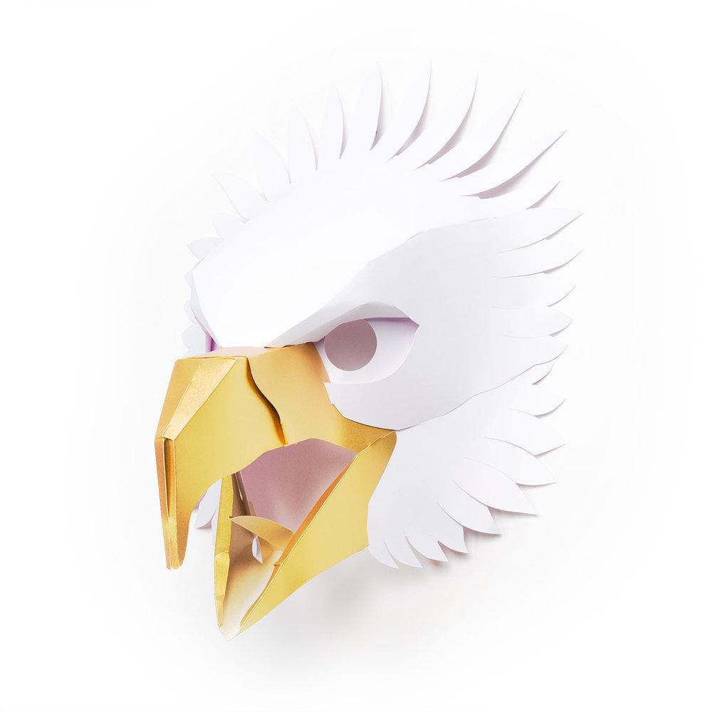 Trophy2018-Eagle_M_WHT_side.jpg