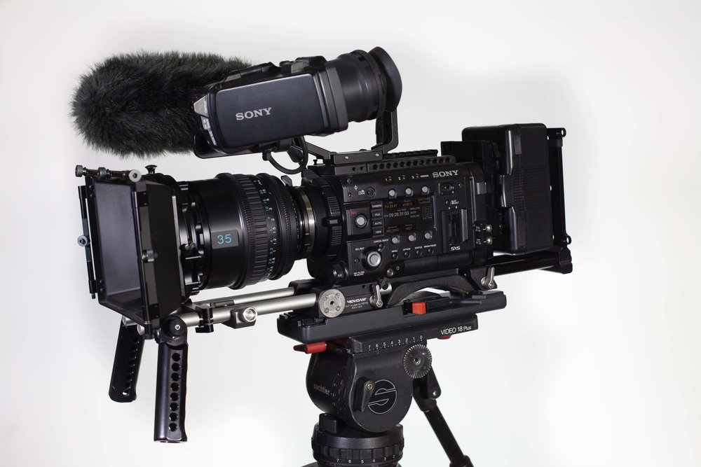 Sony PMW-F5 Cine-Alta 4K Camera with Sony SCL-P35T20 35mm Prime Lens