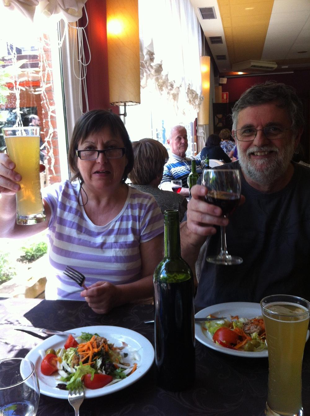 Clàudia and Jordi. Cheers