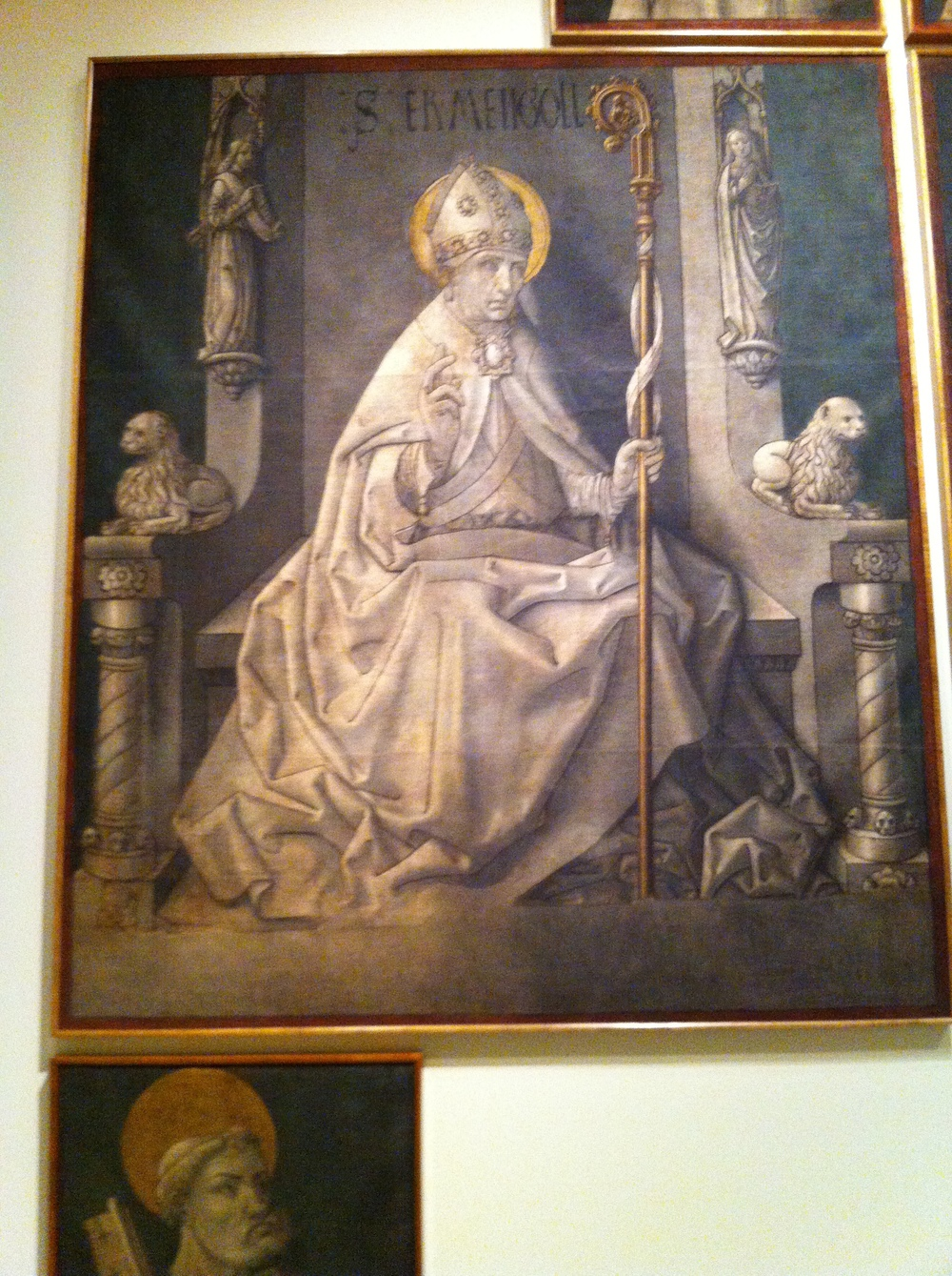 an interesting 15th century painting of a statue. It is outlined in black. It referenced a graphic novel to me