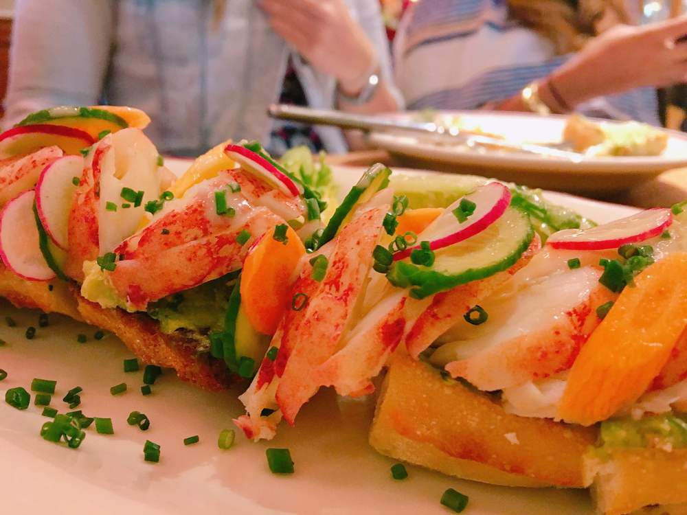 Le Zoo Bal Harbour Lobster Avocado Toast