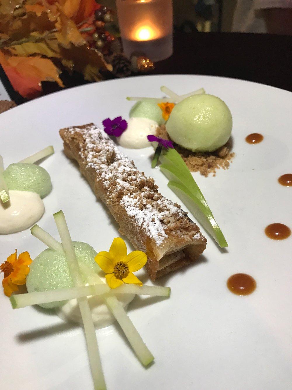 db Bistro Moderne Miami crispy apple confit dessert