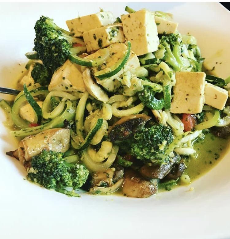 IMG_5780.JPEGFit Foodz Cafe Spghetti Squash with Turkey Chili