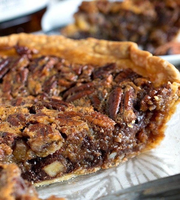 chocolate-bourbon-pecan-pie.jpg