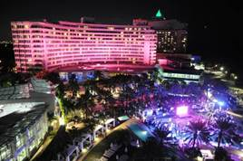 Fontainebleau Miami Breast Cancer Awareness Month