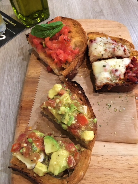 Spris Pizza Bruschetta Trio