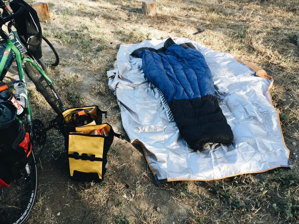 Rocking the Thermarest, a tarp, and the Enlightened Equipment Enigma down quilt