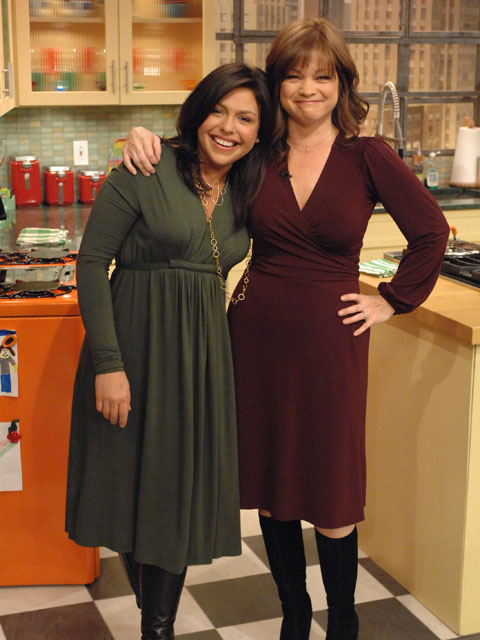 rachael ray wearing jules 3-the rachael ray show.jpg
