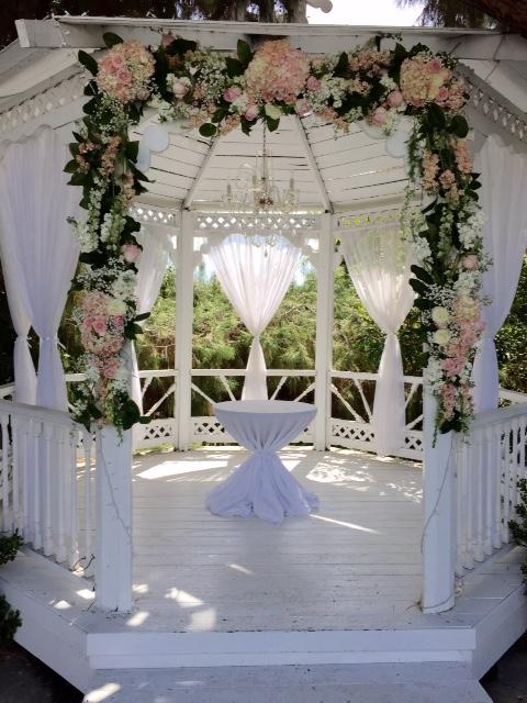 wedding arch.jpg