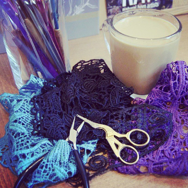 Latte's & lace, this morning's power breakfast!…..#workflow #fashion #coffee #latte #design #lace #purple #nyamanidesigns #rawartists  (at NyaMani Designs Studio)