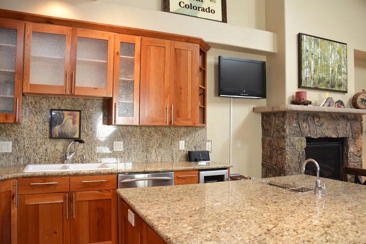 Kitchen245.jpg