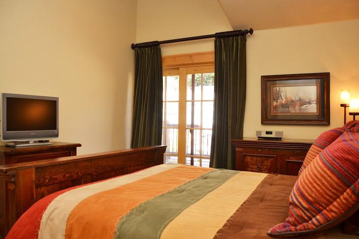Master-Bedroom30.jpg
