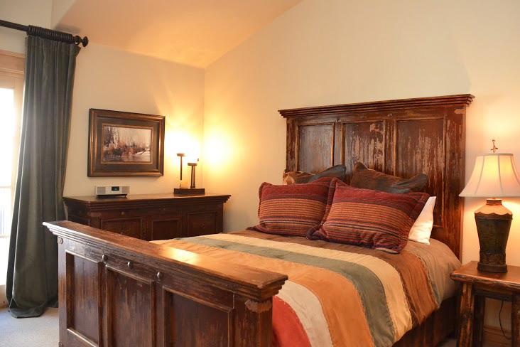 Master-Bedroom243.jpg
