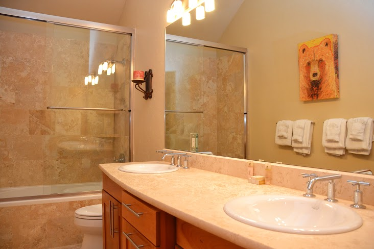 Master-Bathroom9.jpg